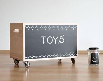 Personalized toy box for kids toys. Toy organizer from pine. Big toy chest, pine toy box. Nursery storage. Storage bin. White wooden box.