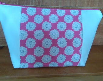 pink daisys wash bag ladies cosmetic make up bag