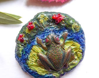 Brooch-nature inspired, cold porcelain, painted and varnished, frog on Lily pad