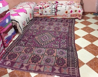 A very nice vintage Moroccan rug Boujaad (2.75/1.75m) (108,2 inches X 68,8 inches) (9 feet X 5,7 feet)