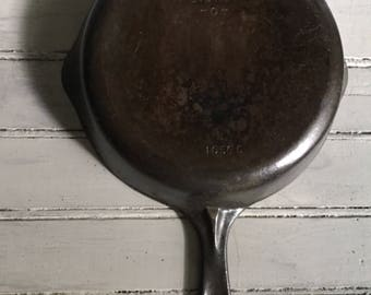 Wagner Ware #6 Cast Iron Skillet