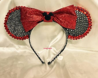 Red and black Minnie Mouse ears