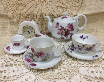 Vintage Tea Time set
