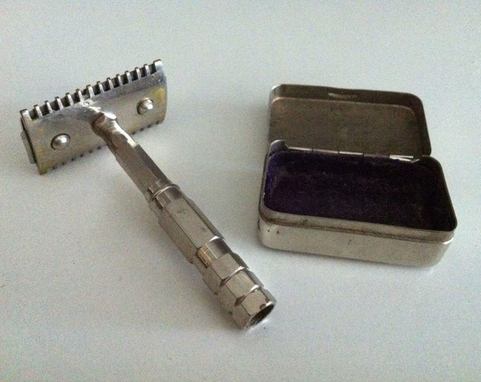 Vintage Wet shavers razor shave