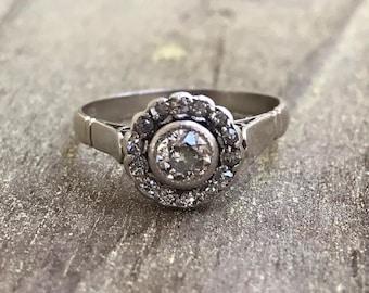 Sweet diamond halo ring