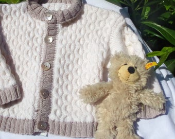 Baby Merino Cardigan in off-white and beige