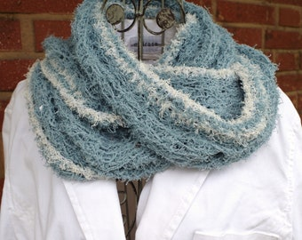 Fluffy soft cotton loop in blue