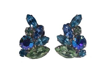 Vintage Weiss Clip-On Earrings Blue Crystal