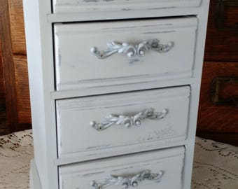 Vintage wood jewelry box, jewelry chest, jewelry tower, Victorian, shabby chic, NOW PAINTING WHITE!