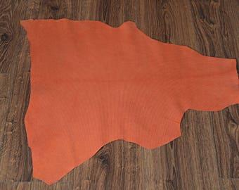 Skin of mandarin lamb leather textured velvet finish (9094507)