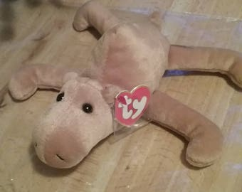 Very rare 3rd generation ty beanie baby Humphrey the camel.