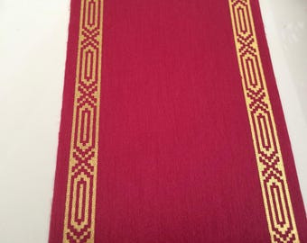 Ribbon color between Burgundy and Fuchsia 78 mm