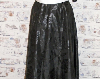 Size 10 vintage 80s flared party maxi dress puff sleeves black wet print (GV44)