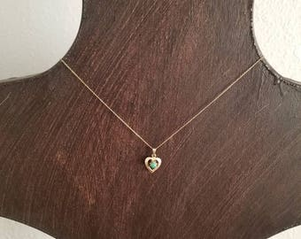 Ladies 14k Yellow Gold (possible Jadite) Necklace
