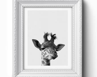 Giraffe Wall Art Print, Funny Giraffe Print, Giraffe Art, Giraffe Printable, Black and White, Modern Art, Home Decor, Giraffe Print