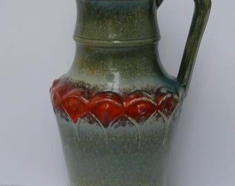 Ü-Keramik handled fat lava vase, model 1815-25