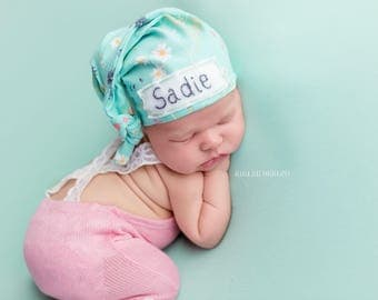 personalized baby hat, coming home outfit, name hospital hat, baby shower gift, photo prop, baby name hat, baby beanie,monogrammed hat