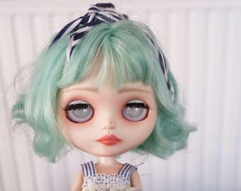 Custom Blythe Dolls For Sale by OOAK Blythe doll -Summery mint coloured hair custom doll.