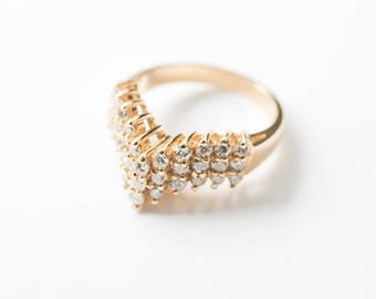 18K Gold Ring with 33 Small Diamonds