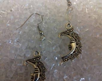 Pretty crescent moon earings/ moon jewellery