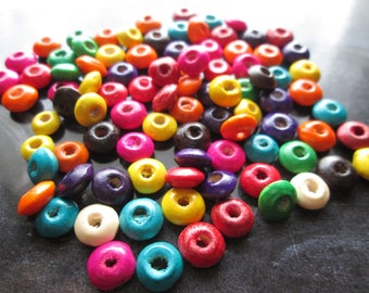 50 flat beads, wooden paletsronds painted 8 x 4 mm