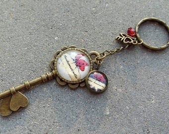Keychain in bronze and glass cabochons