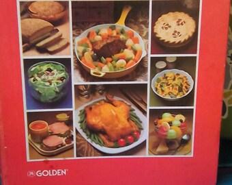 Vintage Betty Crocker's Cookbook Hardback 1983 Golden Press New York