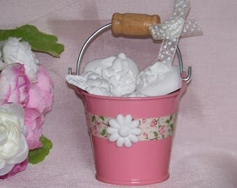 Mini bucket with fragrant decorations