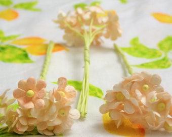 50pcs Cute Paper Flowers