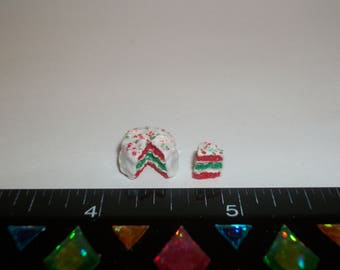 1:24 Scale Dollhouse Miniature Handcrafted Christmas Red & Green Dessert Cake Doll Food