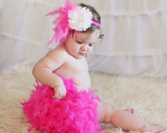 Infant Girl Feather Diaper Cover, Infant Tutu diaper cover, princess diaper cover, Infant frilly feather diaper cover, infant photo prop