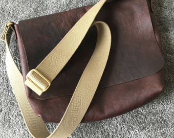 Handmade Leather Messenger Bag Small