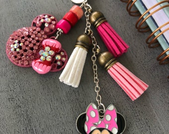 Minnie Mouse glitter charm
