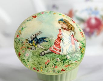 Art Decor Painting Room Decoration Painting Figurine Illustration Art Illustration Alice in Wonderland Figurine Gift