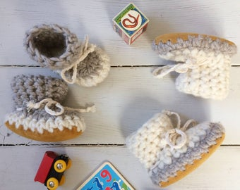 Newborn slippers, Crochet slippers, Toddler slippers, Baby slippers, childrens slippers, kid slippers, baby booties, gender neutral slippers