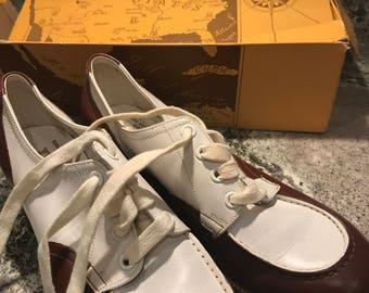 Vintage ladies golf shoes - Lazy Bones - flexible shank shoes