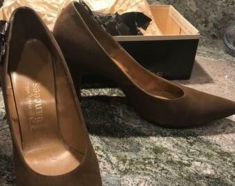Vintage women's Fiancees brown suede pumps - 7AAA