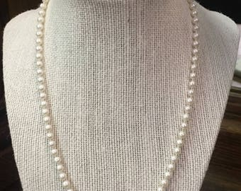 Pearl Beaded 14 K Gold Clasp Necklace
