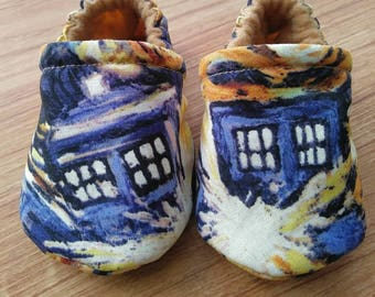 Baby shoes,DrWho inspired Baby Shoes,Dr.Who Baby,Dr. Who,baby shower gift,dr.who cotton fabric,baby,boy,girl,gift,baby gift,Handmade gift