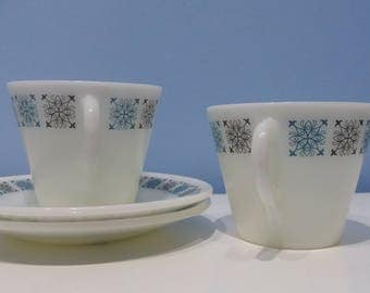 Two pyrex chelsea cup and saucers, set of 2 vintage pyrex white and blue teacups