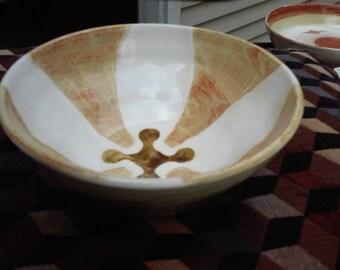 red accent bowl, medium