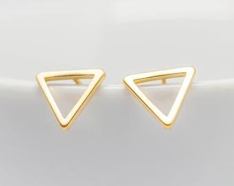 Earrings Gold-plated triangle Matt 10 mm