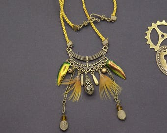 Necklace feather beetle elytra wings Rooster metal bead bronze Victorian steampunk