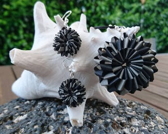 Quilling! DESIGN SCHMUCKSET Earrings and necklace made of paper