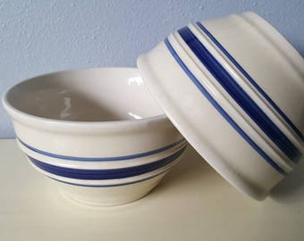 Vintage stoneware bowls country crock, farmhouse decro