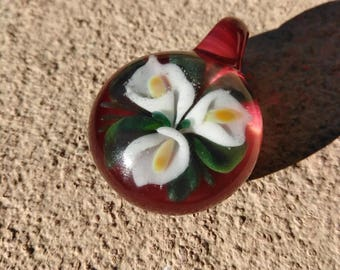 3 calla lilies with greenery implosion borosilicate glass pendant