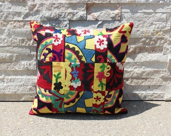 "18"" X 18"" Colorful Vintage Suzani Patchwork Pillow Cover, 1950s Exquisite Quality Upscale Suzani Pillow Cover"