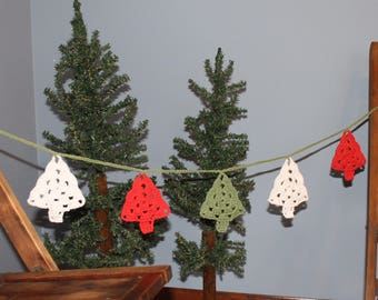 Christmas Tree Garland / Mantel Garland / Crocheted Garland / Christmas Garland / Winter Garland