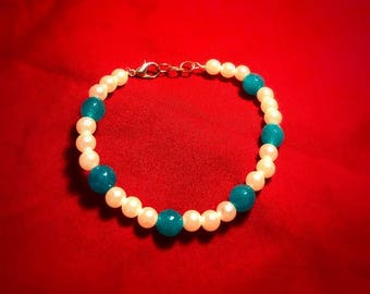 Pearl and sea blue jade  beaded bracelet