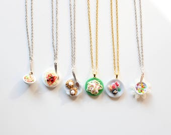 Necklace with Fimo and resin miniatures, spaghetti, sushi, noodles, cereals, necklace, resin bijoux, resin jewelery, food design